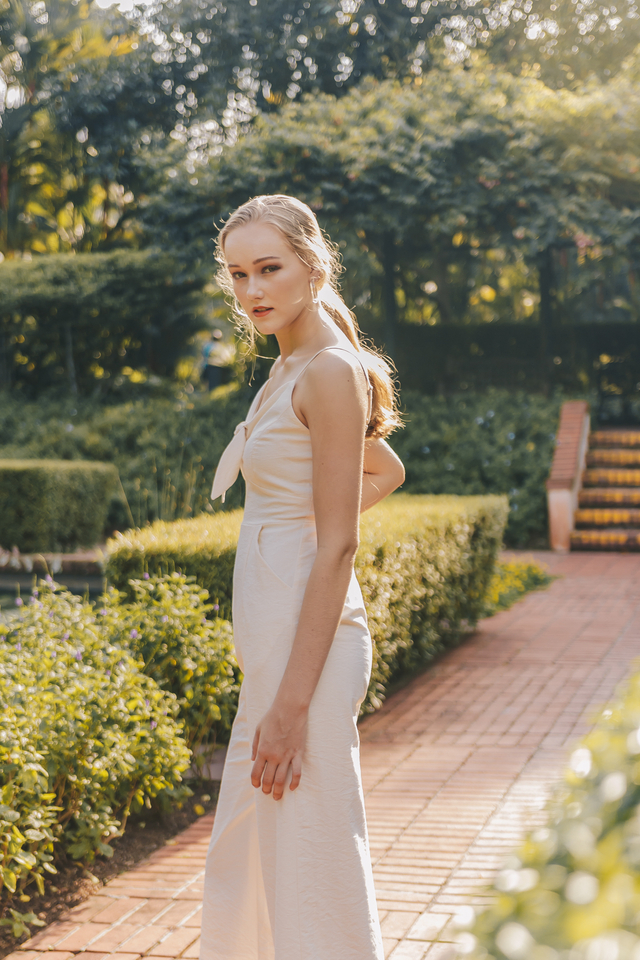 MEYSON KNOTTED JUMPSUIT (OFF WHITE)