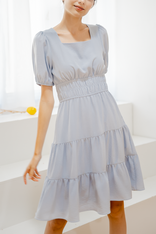 HAYLIE TIERED SLEEVE DRESS (BLUE)